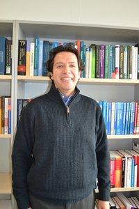 Dr. Paul Navas Alban