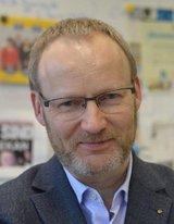 Univ.-Prof. Dr. Hendrik Schröder